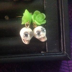 Jewelry - Green skeleton earrings